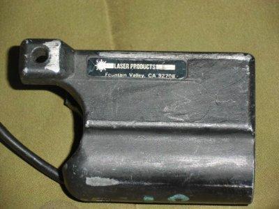 画像1: 米軍放出品.実物 旧Surefire 610R タクティカル・ライト
