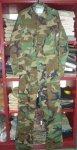 画像1: 米軍実物,迷彩 メカニックカバーオール S (1)