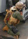 画像3: 米軍放出品 TRI‐FOLD ASP製 ナイロン ハンドカフ  (3)