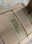 画像7: 米軍実物 デザート3C ラジオポーチ (7)