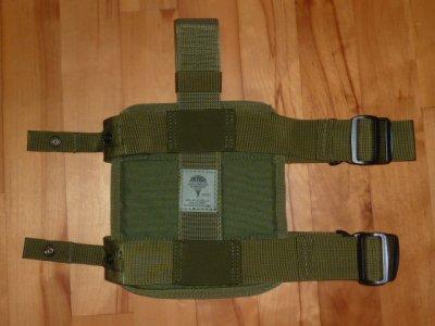 画像1: 米軍放出品 S.O.TECH レッグパネル OD