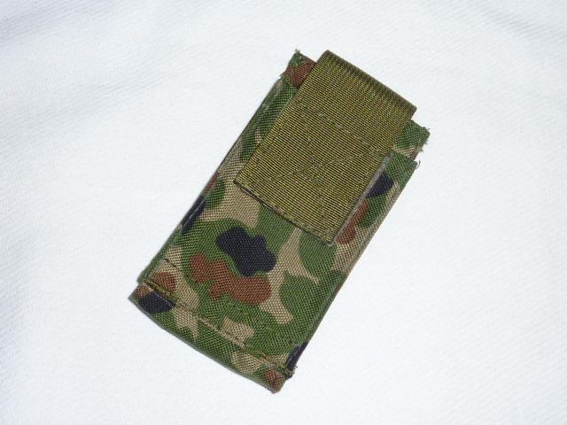 画像1: オードナンス.タイガーエンブ.携帯,スマフォ,i phone,デジカメ,ケース 自衛隊 (1)