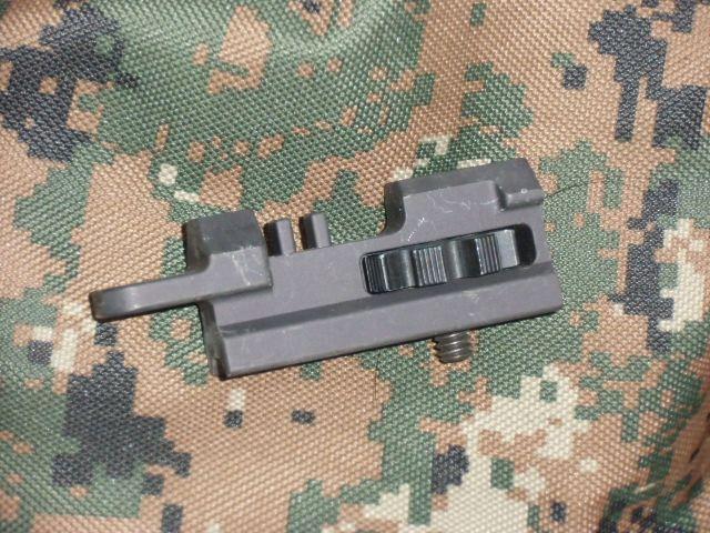 画像1: 米軍実物  レーザーサイト マウント  (1)