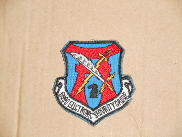 画像1: 米軍実物.USAF 6990th Electronic Security Group (1)