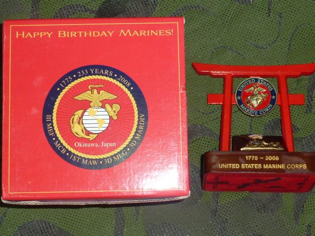 画像1: 米軍実物 U,S,M,C, 記念品 2008 鳥居 (1)