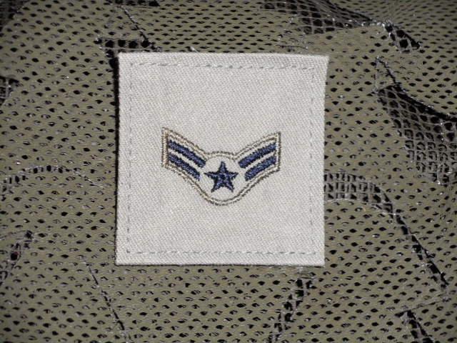 画像1: 米軍実物 U,S,A,F Airman First Class (A1C) 階級ワッペン (1)