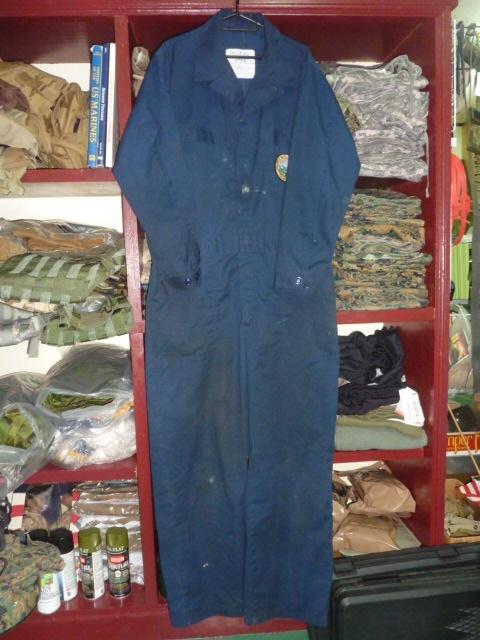 画像1: 米軍実物,カバーオール/つなぎ 44R  (1)