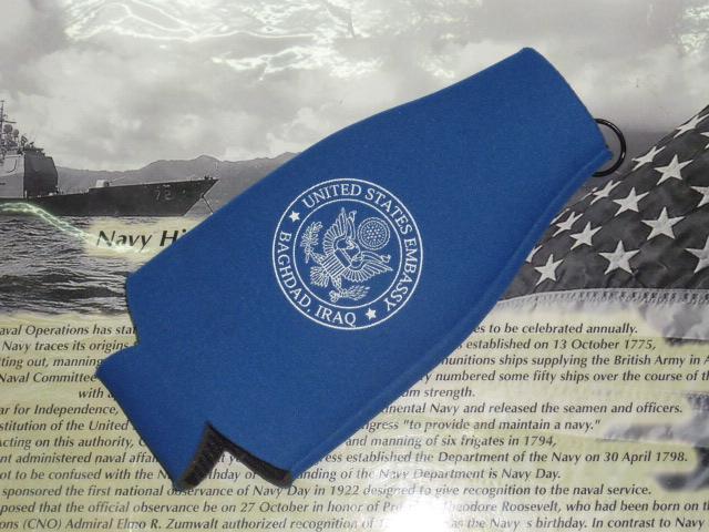 画像1: 米軍放出品 U.S Embassy  クージー ボトル ホルダー (1)