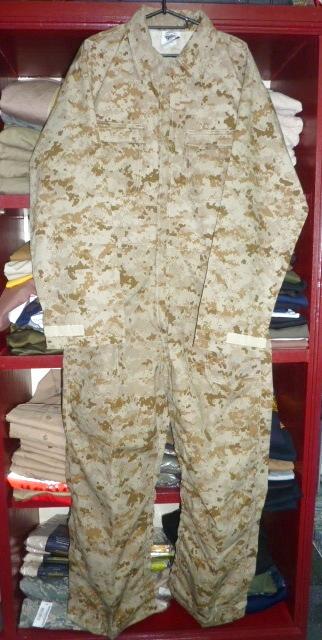 画像1: 米軍放出品,AMERICAN PATRIOT デザートピクセル カバーオール XL (1)