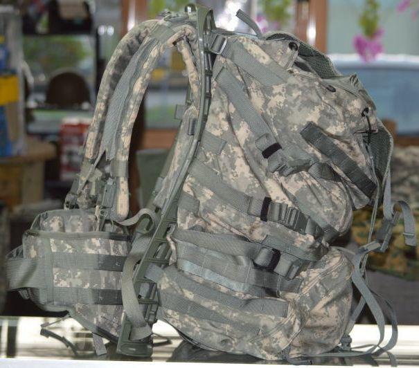 画像1: 米軍実物 US ARMY ACU ラックサック LARGE (1)