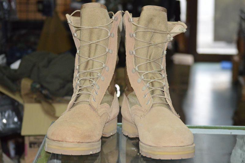 画像1: 米軍実物  デザート ブーツ 12R (1)