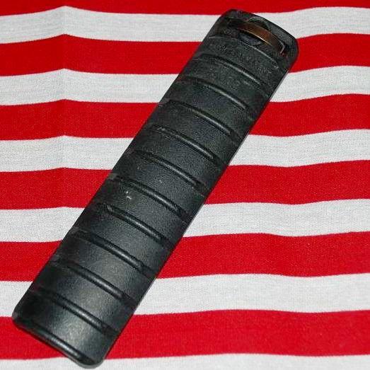 画像1: 米軍実物 KNIGHTS ARMAMENT. ナイツ レールカバー (1)