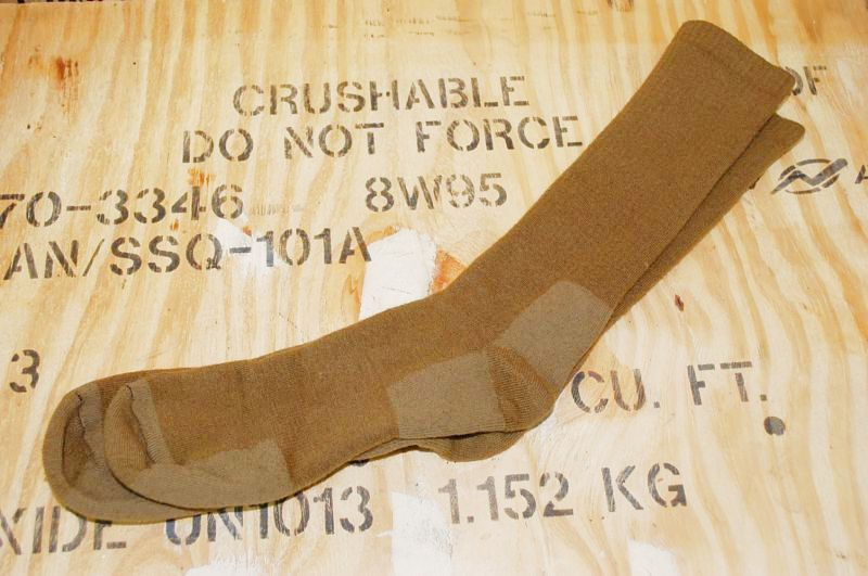 画像1: 米軍放出品 海兵隊 ブーツ ソックス コヨーテ XL (1)