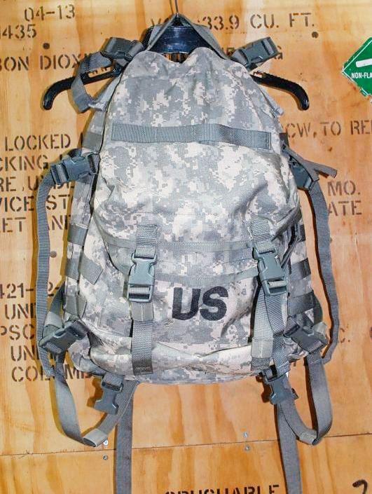 画像1: 米軍放出品, ACU アサルトパック (1)