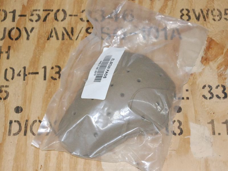 画像1: 米軍実物 パタゴニア L9 コンバットシャツ エルボーパッド (1)