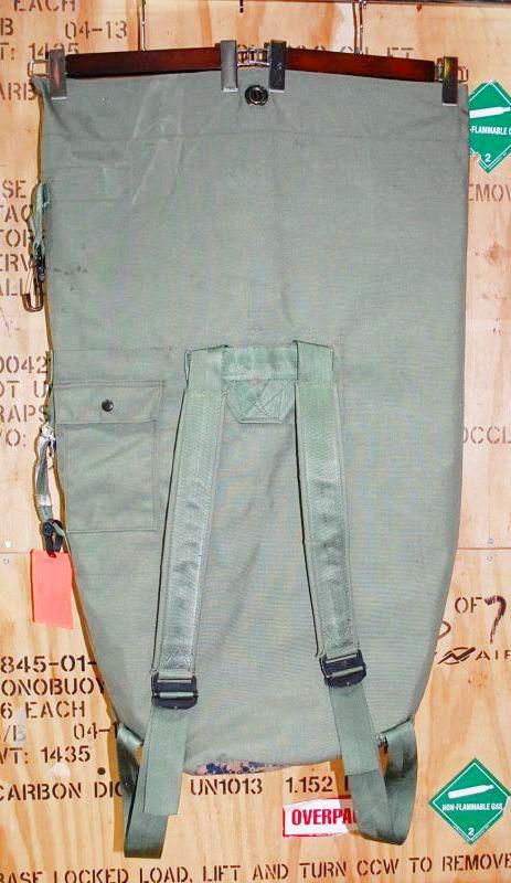 画像1: 米軍実物,カスタムナイロンダッフルバッグ (1)