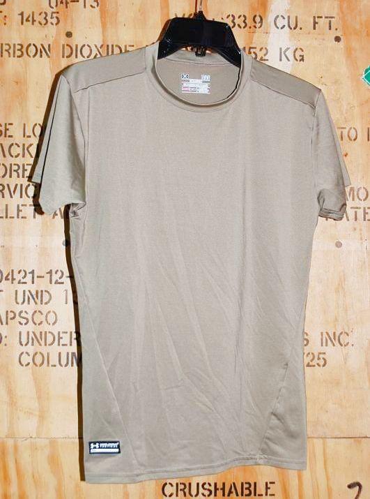 画像1: 米軍放出品 アンダーアーマータクティカルTシャツ L TAN (1)