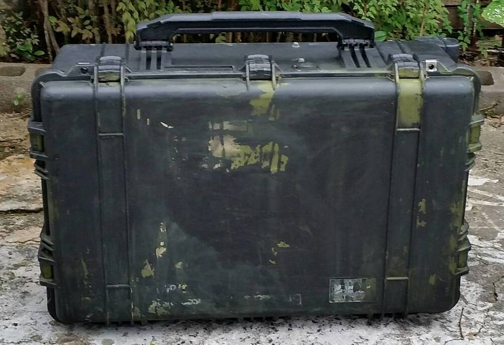 画像1: 米軍実物 PELICAN ハードケース 1650  (1)
