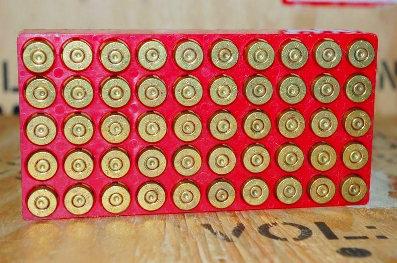 画像1: 米軍実物 50 CARTRIDGES 9mm BALL  M882 空薬莢 (1)