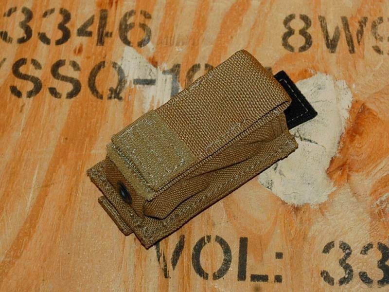 画像1: 海兵隊実物 MP1-M9/FB1-MS シングル  ピストル マガジンポーチ 9MM EAGLE (1)