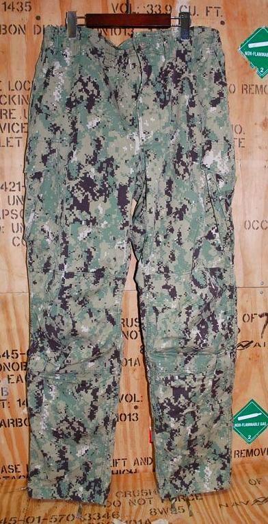 画像1: 米軍実物,US NAVY, 迷彩パンツ TYPEIII L-L (1)