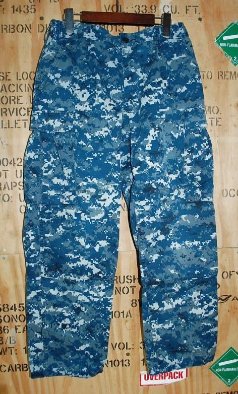 画像1: 米軍実物 US NAVY, 迷彩パンツ  M-S (1)