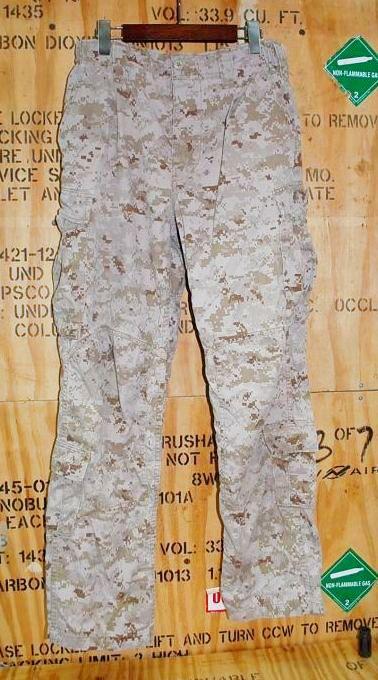画像1: 米軍実物 USMC FROG デザートマーパットコンバットパンツ S-R (1)