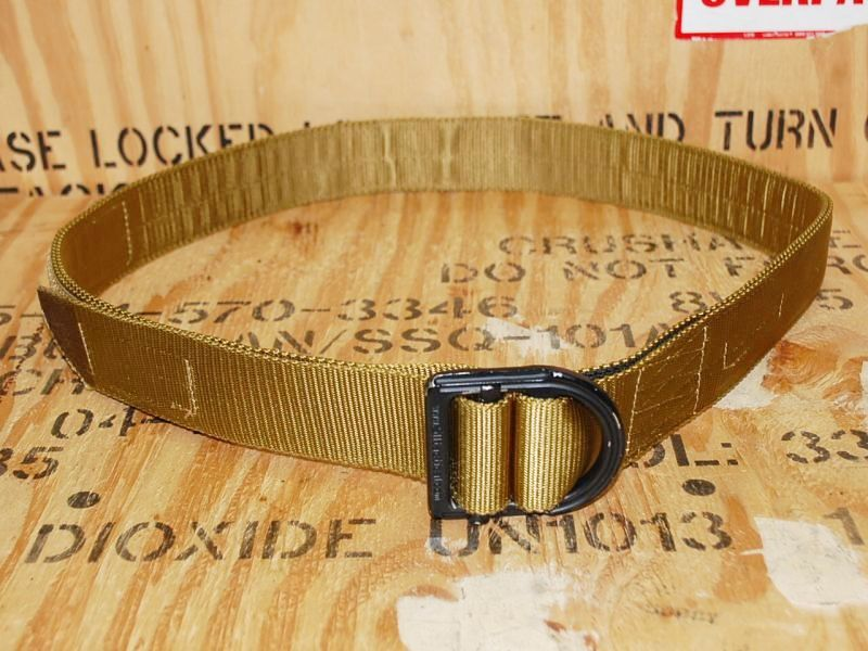 画像1: 米軍放出品 5.11タクティカル トレーナーベルト  (1)