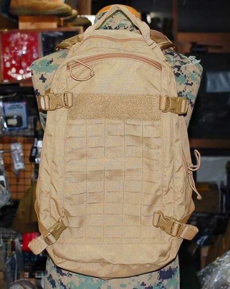 画像1:  米軍放出品 キャメルバック MULEミリタリー  ハイドレーションパック  (1)