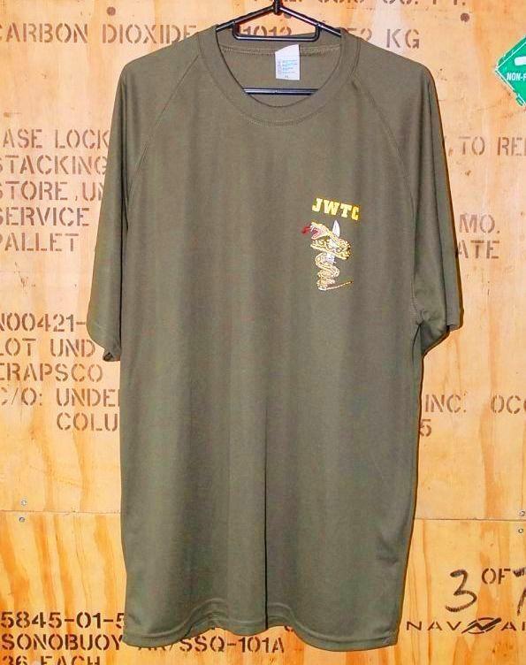 画像1: 海兵隊実物 ジャングル ウォーフェア  トレーニングセンター Tシャツ OD M (1)