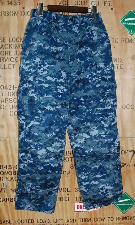 画像1: 米軍実物 US NAVY, 迷彩パンツ  S-SHORT (1)