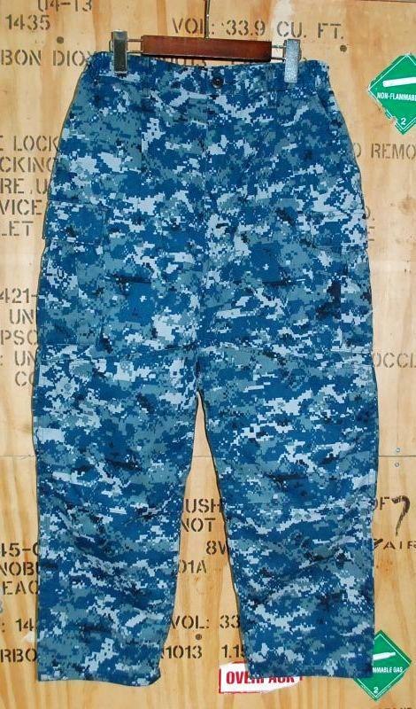 画像1: 米軍実物 US NAVY, 迷彩パンツ  33-X SHORT (1)
