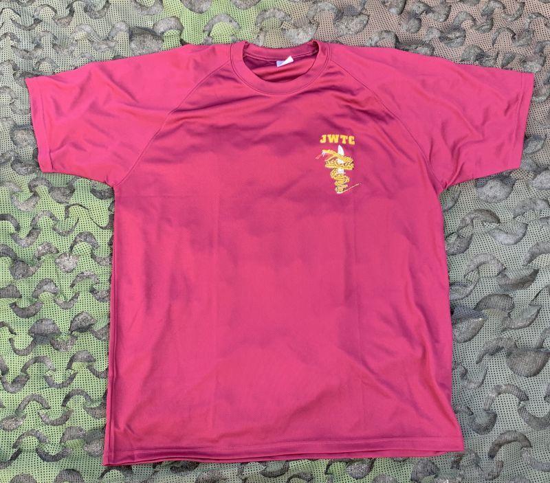 画像1: 海兵隊実物 ジャングル ウォーフェア トレーニングセンター Tシャツ L (1)