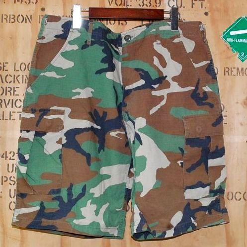 画像1: 米軍放出品,民間品 ウッドカモ 迷彩ハーフパンツ L-R (1)