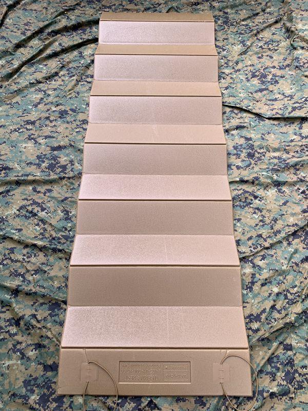 画像1: 海兵隊実物 THERMAREST スリーピングマット コヨーテ (1)