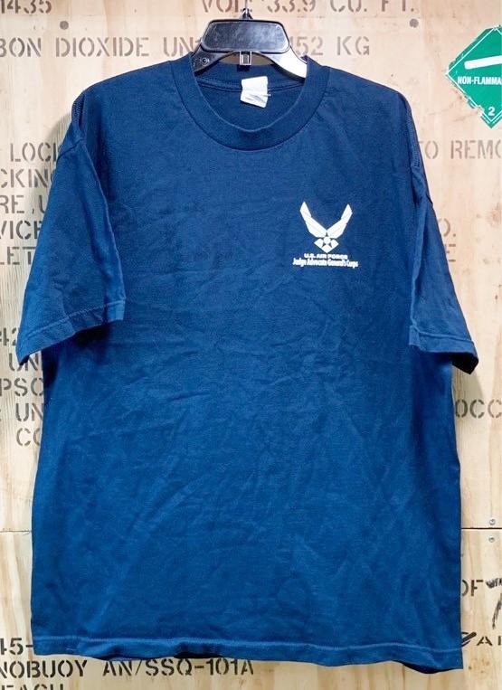 画像1: 米軍放出品 USAF Tシャツ X LARGE 米空軍 (1)