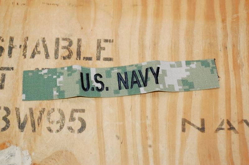 画像1: 米軍実物.U.S.NAVY ロゴワッペン (1)
