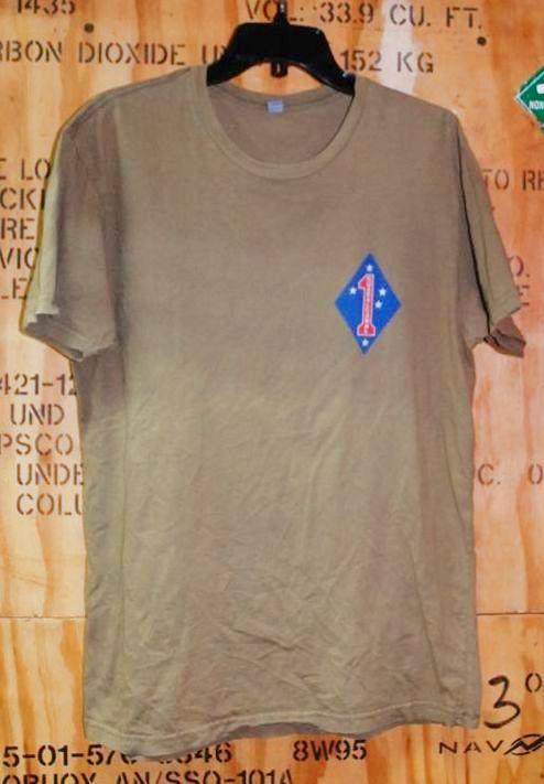 画像1: 米軍放出品 USMC Standard Bearers Headquarters Battalion  Tシャツ LARGE (1)