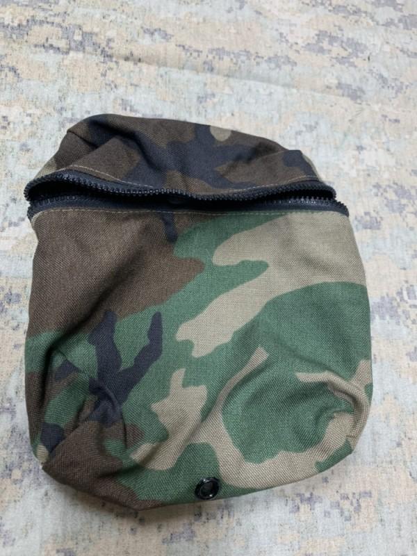 画像1: 米軍実物 MICH/ACH Carrying Pocket for Modular Integrated .Helmet Pouch Woodland BDU MOLLE (1)