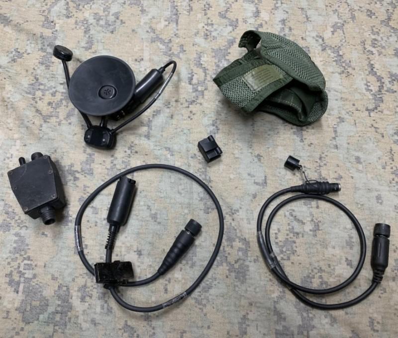 画像1: 米軍実物  ヘッドセット 10ピン マリタイムコネクター  (1)