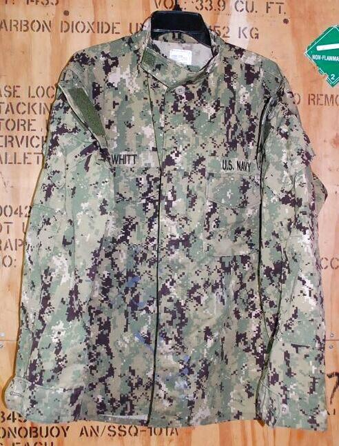 画像1: 米軍実物,US NAVY, AOR2 NUW 迷彩ジャケット TYPEIII L-L (1)