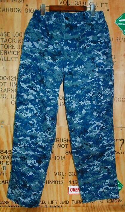 画像1: 米軍実物 US NAVY, 迷彩パンツ  M-REGULAR (1)