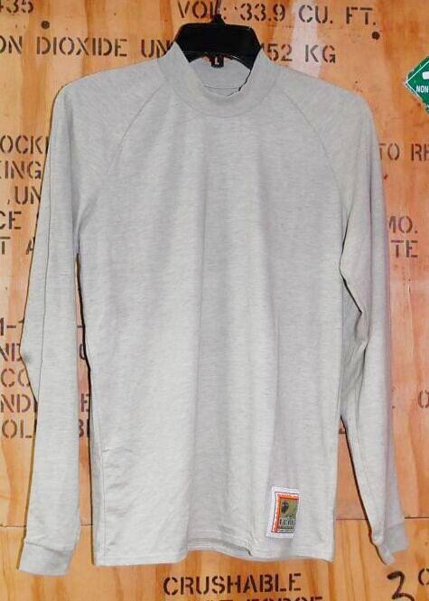 画像1: 米軍放出品,FROG ロングスリーブシャツ S (1)