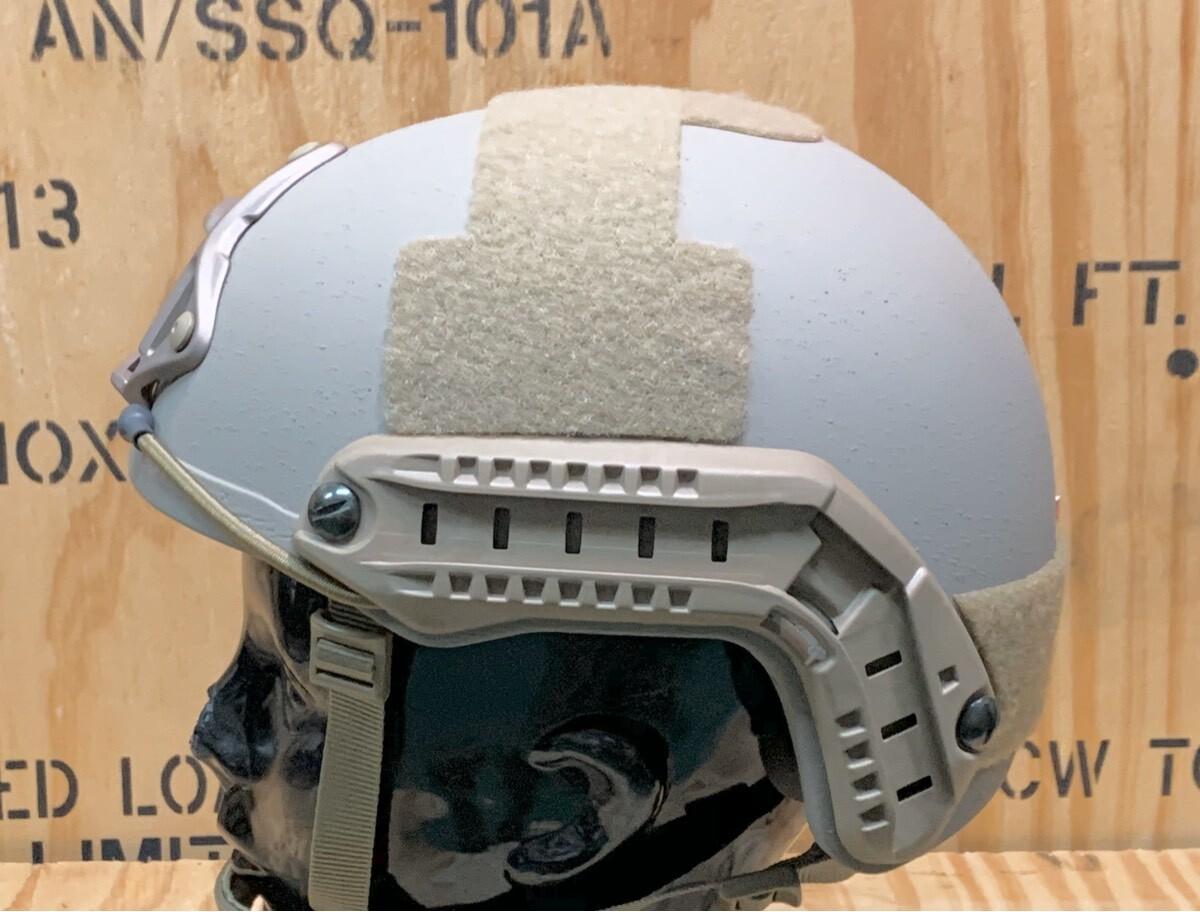 画像1: 米軍実物 OPS-CORE FAST MARITIME  マリタイム ハイカット バリスティック ヘルメット タン S/M (1)