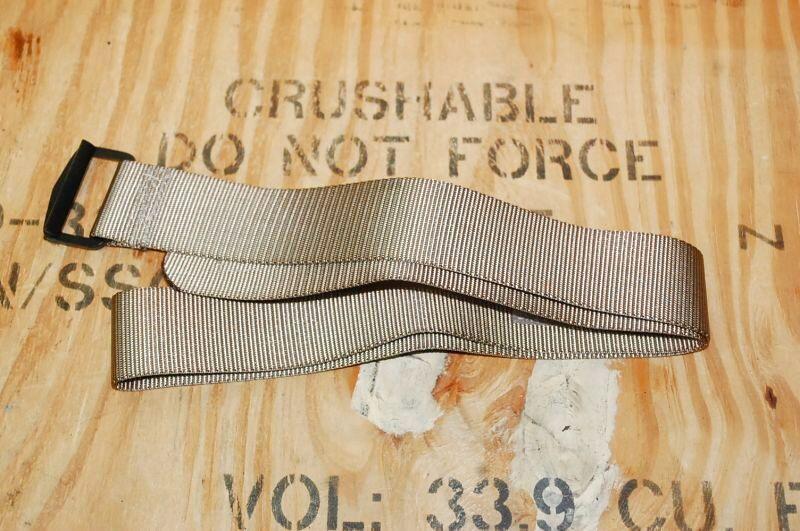 画像1: 米軍放出品 ナイロンリガーベルト カーキ 114cm (1)