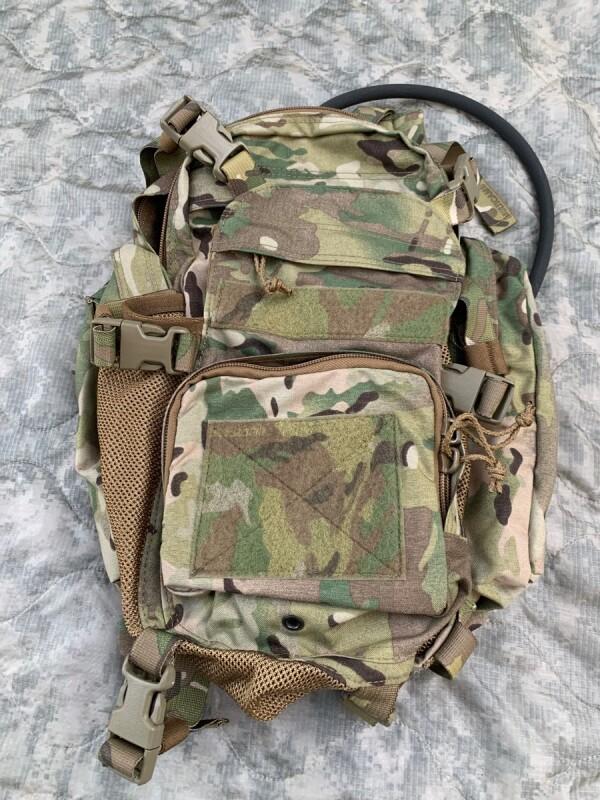 画像1: 米軍実物 T3 Gear Hans Pack  バックパック マルチカム  (1)