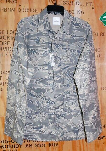 画像1: 米軍実物,USAF ABU ジャケット 40R (1)