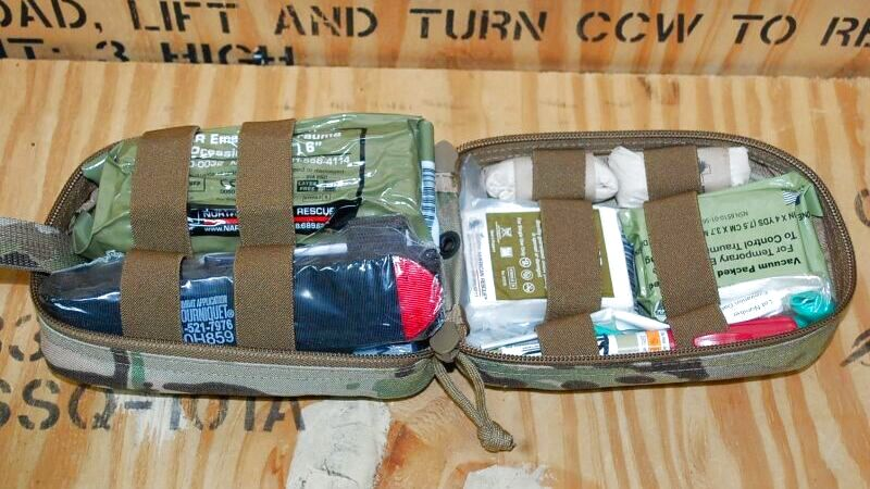 画像1: 米軍実物 NORTH AMERICAN RESCUE  TACTICAL OPERATOR RESPONSE KIT マルチ (1)