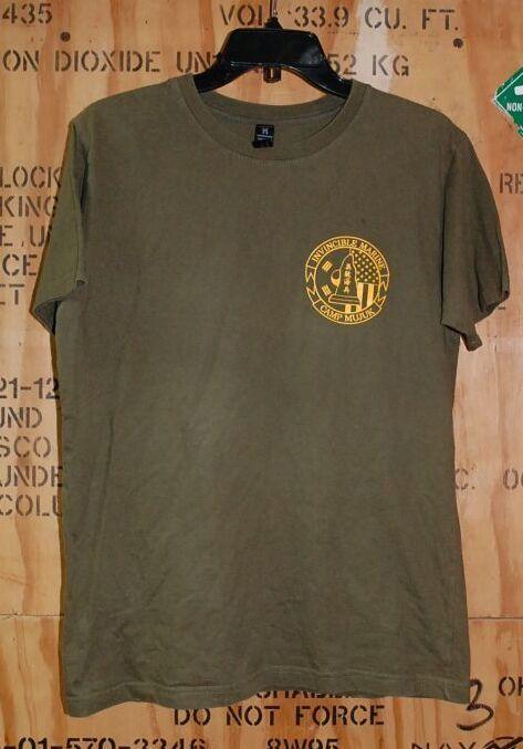 画像1: 米軍放出品,CAMP MUJUK Tシャツ MEDIUM (1)